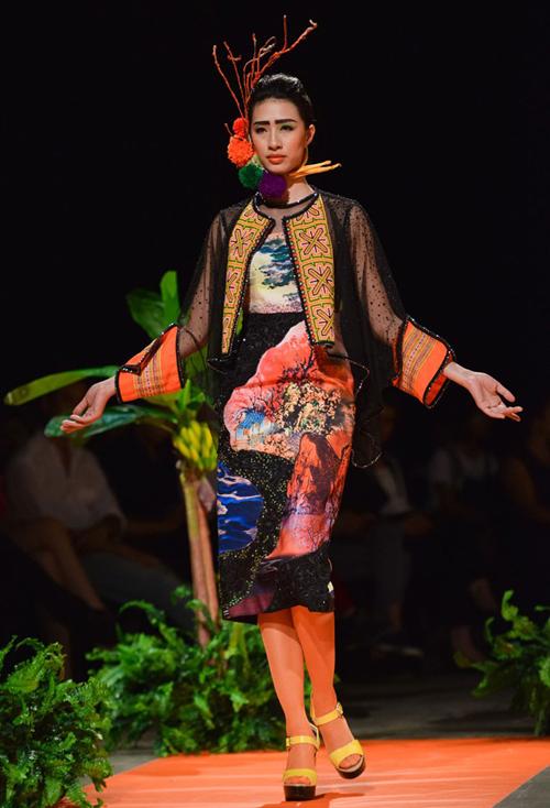 thoi-trang-viet-2015-nhon-nhip-fashion-show