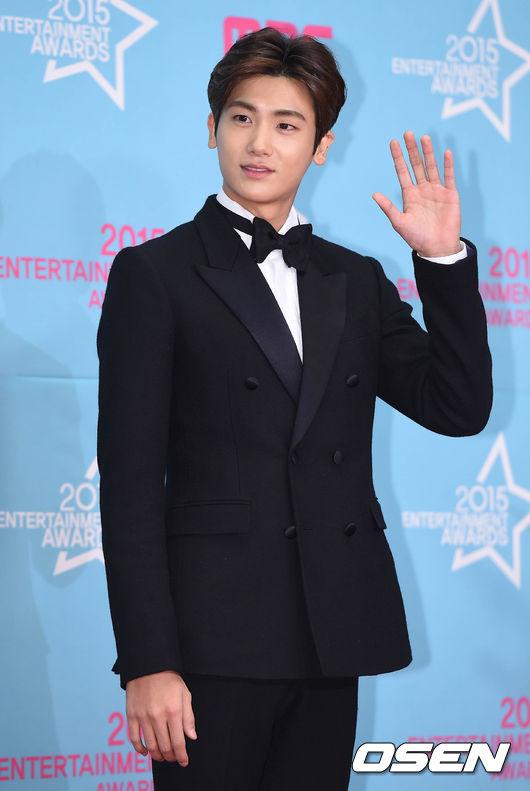 Park-Hyung-sik-6728-1451441524.jpg