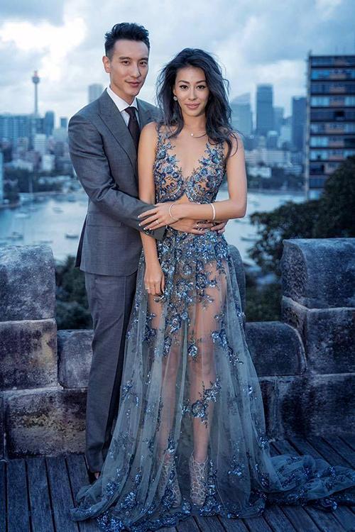 Mẫu váy cưới xuyên thấu tuyệt đẹp dành cho cô dâu sexy 1