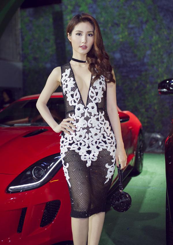 loat-dam-sexy-tao-bao-ma-khong-phan-cam-cua-sao-viet-9