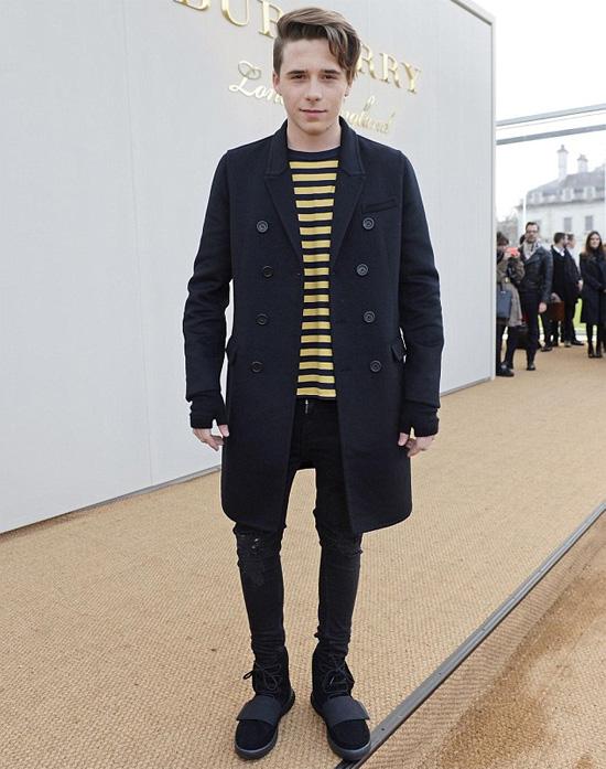 Brooklyn tham dự show thời trang hôm 11/1.