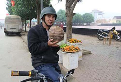 cu-khoai-so-nang-5-kg-duoc-tra-gia-3-5-trieu-dong-1