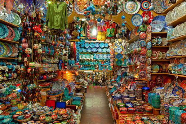 Khu mua sắm lâu đời nhất thế giới ở Istanbul