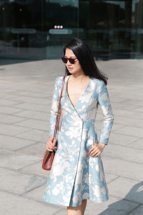 Trần Thị Quỳnh thanh lịch với thời trang xuân
