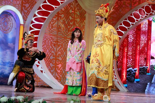 co-du-cong-ly-duoc-phep-chuyen-gioi-trong-tao-quan-2016-7