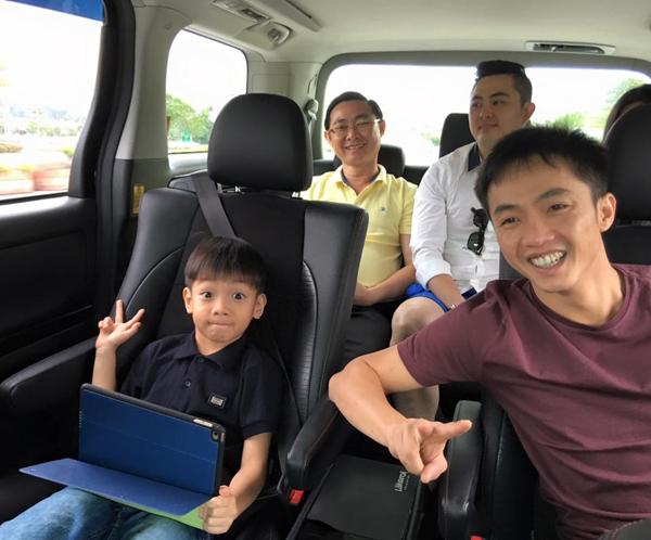Khi Subeo được nghỉ học trong đợt Tết dương lịch, Cường Đô La đã cùng nhóc tỳ đi du lịch Malaysia.