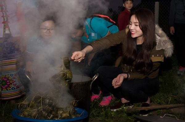 Vào thời điểm giáp Tết, Kỳ Duyên hạn chế nhận lời đi event để tham gia các hoạt động xã hội. Trong chuyến đi từ thiện tại huyện Con Cuông, Nghệ An, cô đã trao nhiều phần quà giá trị cho các hộ dân nghèo.