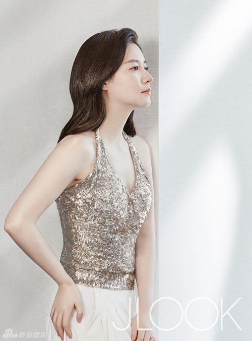 Lee-Young-Ae2-9862-1454323615.jpg