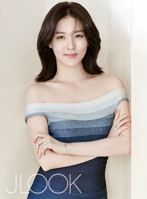 Lee-Young-Ae6-9620-1454323616.jpg