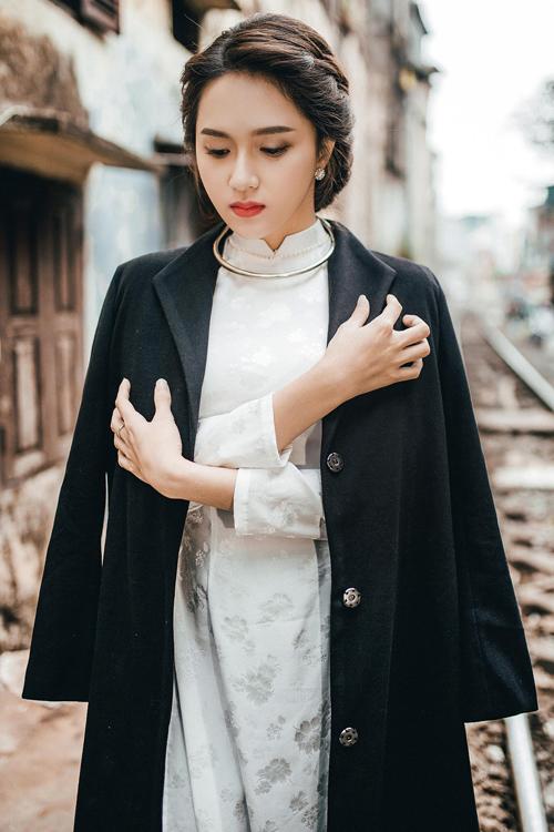 huong-giang-idol-om-ap-trai-la-giua-tin-don-chia-tay-nguoi-yeu-6
