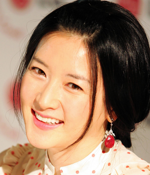 lee-young-ae-JPG-8872-1455465741.jpg