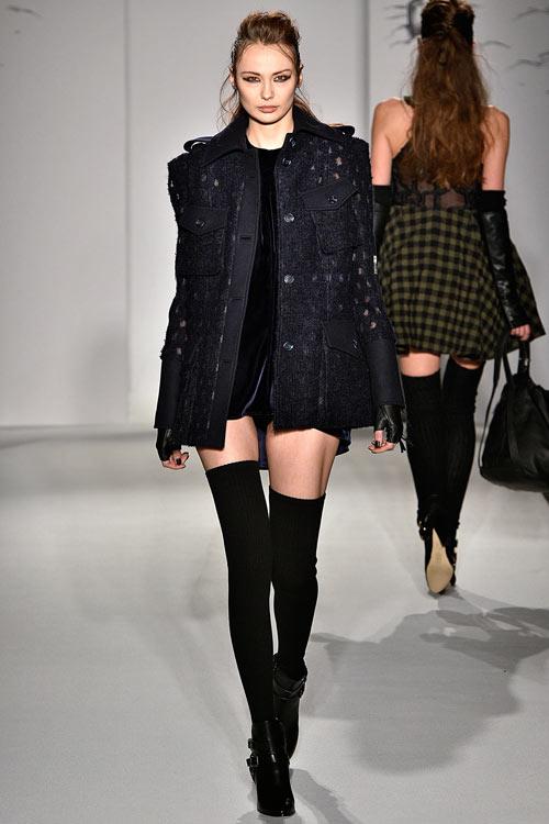 hoang-thuy-lan-thu-4-tan-cong-london-fashion-week-5