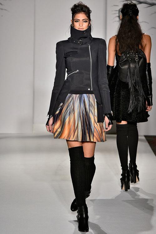 hoang-thuy-lan-thu-4-tan-cong-london-fashion-week-6