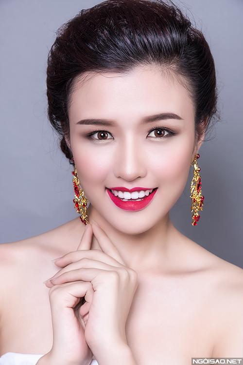 Phương Chi gợi ý 3 kiểu makeup cô dâu hiện đại