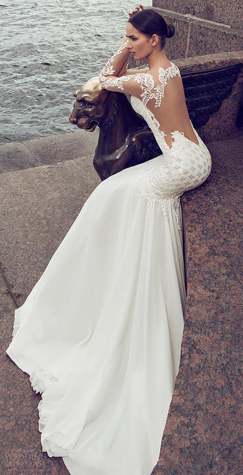 Những mầu váy cưới sexy hoàn hảo nhìn là mê 13