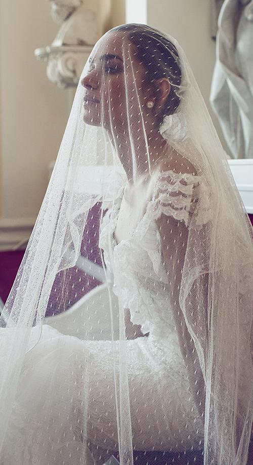 Những mầu váy cưới sexy hoàn hảo nhìn là mê 4