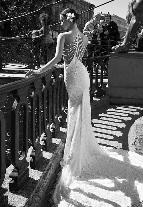 Những mầu váy cưới sexy hoàn hảo nhìn là mê 6