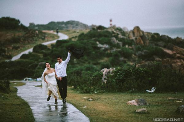 Bộ ảnh cưới chẳng giống ai của cặp đôi Việt kiều