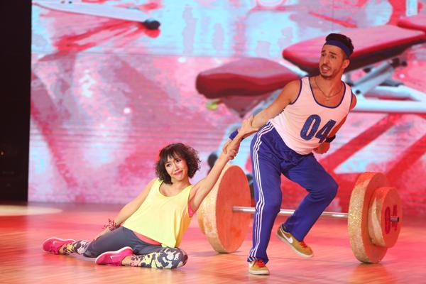 Giám khảo John Huy Trần thích thú bởi anh được cười từ đầu đến cuối bài thi. Không chỉ diễn tốt, những động tác khiêu vũ của Diệu Nhi cũng khá trau chuốt. Tổng điểm của cô là 36.