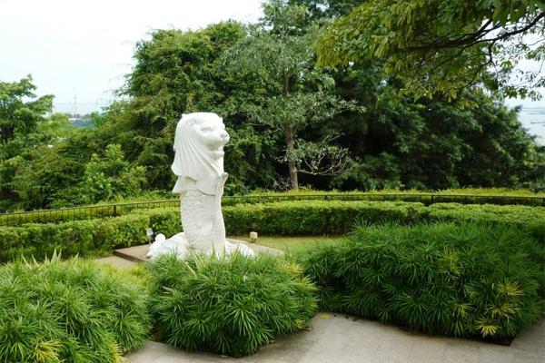 5-dieuchua-biet-ve-bieu-tuong-su-tu-bien-o-singapore-2
