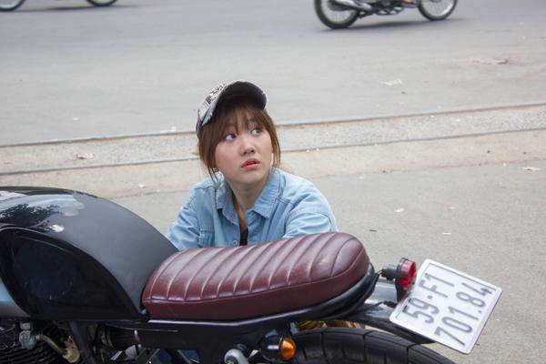 hari-won-treu-dua-tran-thanh-tren-phim-truong-10