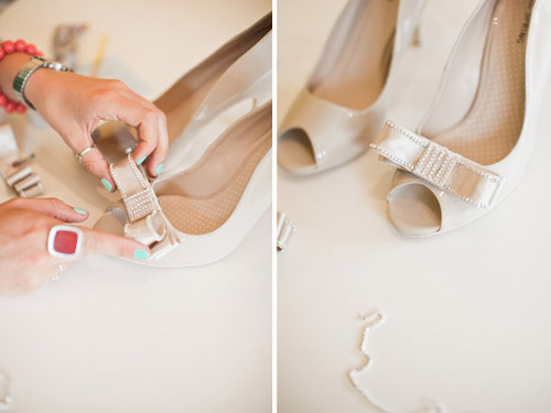 DIY-bows-for-your-heels-weddin-7933-3133