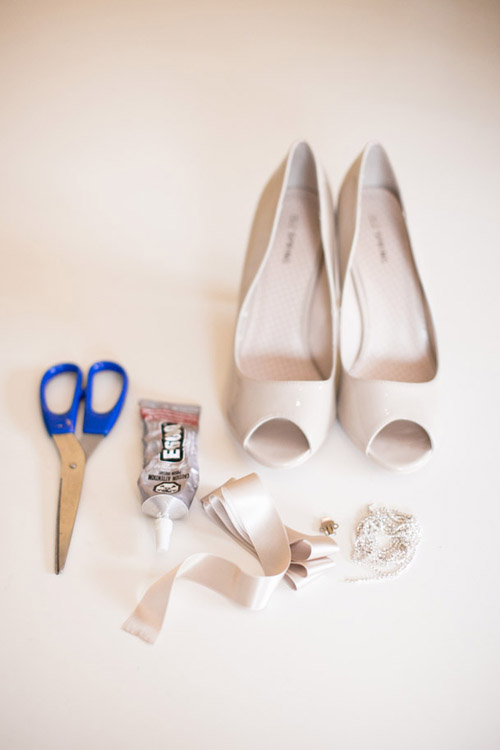 DIY-bows-for-your-wedding-heel-9072-9078
