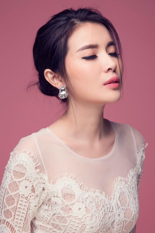 vay-di-tiec-cho-nang-yeu-phong-cach-sexy-1