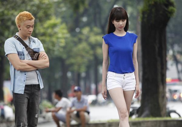 luong-manh-hai-luyen-catwalk-cho-ngoc-trinh-2