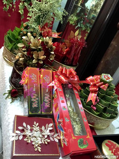 luong-the-thanh-thuy-diem-trang-tri-tiec-cuoi-voi-10000-bong-hoa-hong-3