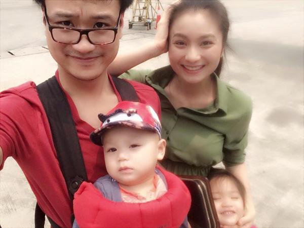 Gia đình diễn viên Diệu Hương chụp ảnh tự sướng kute trong kỳ nghỉ.