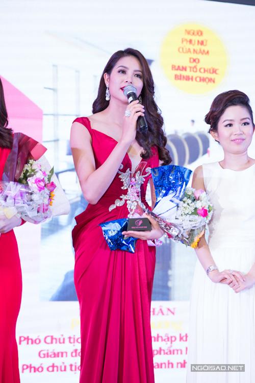 pham-huong-lan-khue-long-lay-di-su-kien-4