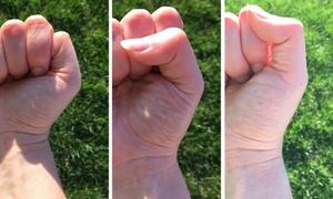 Người Nhật phán đoán tính cách qua kiểu nắm tay