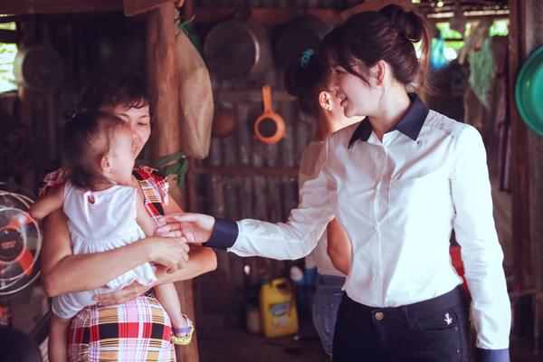 ly-nha-ky-trao-2-can-nha-tinh-nghia-tai-hau-giang-3