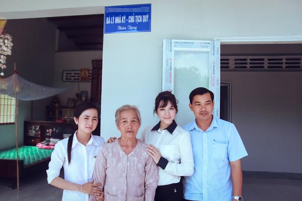ly-nha-ky-trao-2-can-nha-tinh-nghia-tai-hau-giang-1