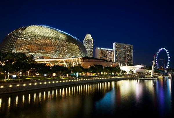 du-khach-cham-diem-11-noi-chup-anh-dep-o-singapore-7