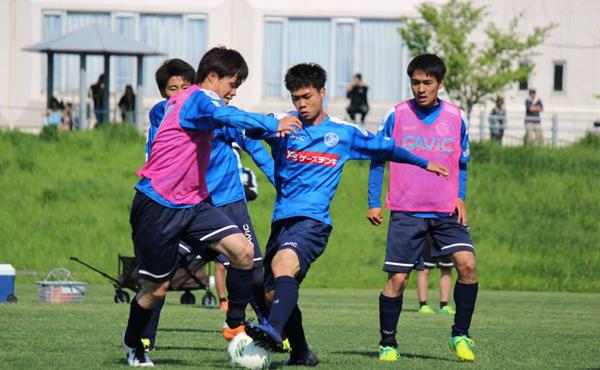 cong-phuong-lan-dau-duoc-dang-ky-thi-dau-tai-j-league-2-1