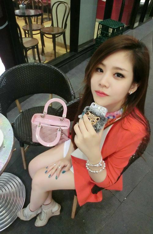11-Lady-Dior-pink-8040-1462696378.jpg