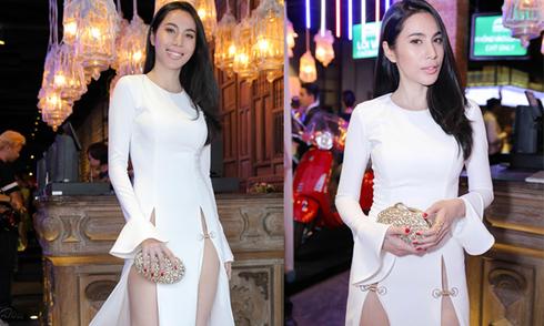 Thuỷ Tiên bị 'ném đá' vì diện váy xẻ quá hông