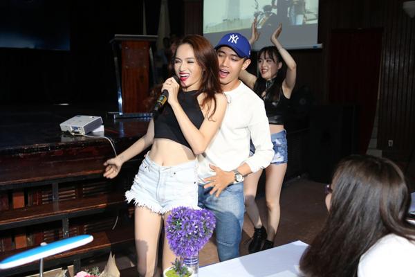 huong-giang-idol-nhay-boc-lua-khien-quang-dang-ngai-ngung-8