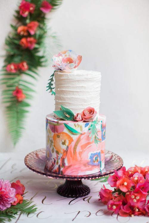 [Caption]Cách pha màu khéo léo làm nên chiếc bánh đẹp.