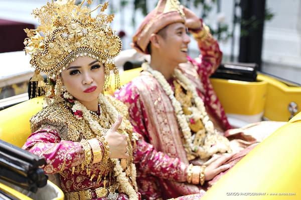 dam-cuoi-dat-vang-cua-nam-tai-tu-dien-trai-nhat-indonesia-8