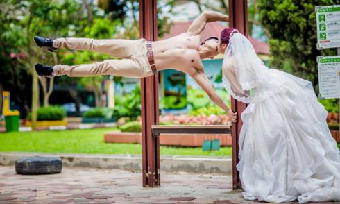 Bộ ảnh cưới thể dục đường phố của cặp đôi 9X Hà thành