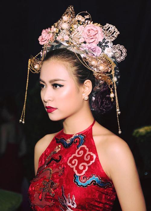Hoang-Thuy-Linh-7034-1464679434.jpg