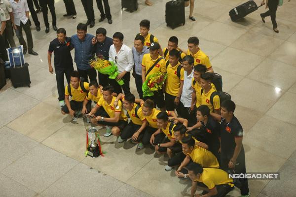 [Caption]chiến thắng 3-0 trước Singapore ở trận chung kết giải giao hữu tứ hùng tại Myanmar.