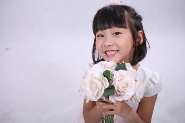 thai-thuy-linh-6-5701-1465368453.jpg