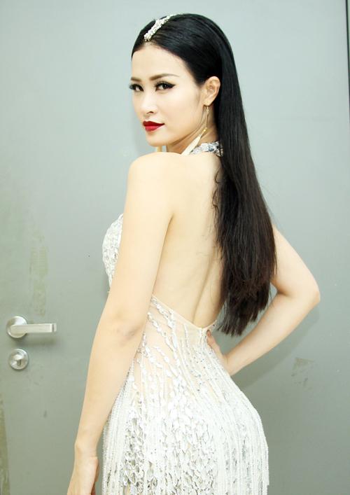 dong-nhi-4-2348-1466132757.jpg