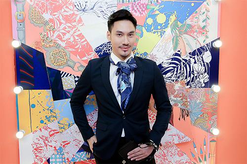 fashionista-du-khai-truong-pop-up-store-khan-hermes