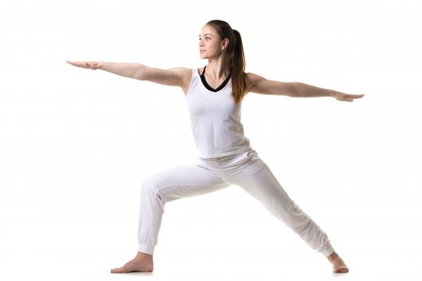 7-dong-tac-yoga-giup-tang-size-nguc-khong-can-dao-keo