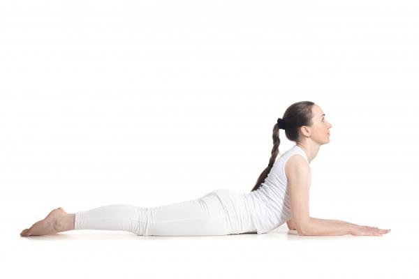 7-dong-tac-yoga-giup-tang-size-nguc-khong-can-dao-keo-2